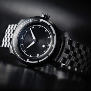 MING 18.01 H41 titanium bracelet
